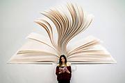 © Filippo Alfero<br /> Salone del Libro 2017<br /> Torino, 18/05/2017<br /> Nella foto: vitainsalto, una lettrice