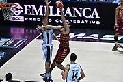 DESCRIZIONE : Bologna Lega A 2015-16 Obiettivo Lavoro Virtus Bologna - Umana Reyer Venezia<br /> GIOCATORE : <br /> CATEGORIA : Tiro Tecnica<br /> SQUADRA : Umana Reyer Venezia<br /> EVENTO : Campionato Lega A 2015-2016<br /> GARA : Obiettivo Lavoro Virtus Bologna - Umana Reyer Venezia<br /> DATA : 04/10/2015<br /> SPORT : Pallacanestro<br /> AUTORE : Agenzia Ciamillo-Castoria/GiulioCiamillo<br /> <br /> Galleria : Lega Basket A 2015-2016 <br /> Fotonotizia: Bologna Lega A 2015-16 Obiettivo Lavoro Virtus Bologna - Umana Reyer Venezia