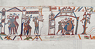 Bayeux Tapestry scene 31-32-33 : Astrologers see a comet in the sky and predict an evil omen for Harold. BYX31 .<br /> <br /> If you prefer you can also buy from our ALAMY PHOTO LIBRARY  Collection visit : https://www.alamy.com/portfolio/paul-williams-funkystock/bayeux-tapestry-medieval-art.html  if you know the scene number you want enter BXY followed bt the scene no into the SEARCH WITHIN GALLERY box  i.e BYX 22 for scene 22)<br /> <br />  Visit our MEDIEVAL ART PHOTO COLLECTIONS for more   photos  to download or buy as prints https://funkystock.photoshelter.com/gallery-collection/Medieval-Middle-Ages-Art-Artefacts-Antiquities-Pictures-Images-of/C0000YpKXiAHnG2k