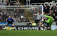 Photo. Andrew Unwin, Digitalsport<br /> Newcastle United v Sporting Lisbon, Uefa Cup Quarter Final First Leg, St James' Park, Newcastle upon Tyne 07/04/2005.<br /> A shot from Sporting's Rui Jorge (R) curls just wide of the Newcastle goalkeeper's goal.