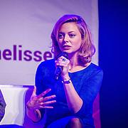 NLD/Amsterdam/20160509 - Seizoenspresentatie Dommels & de Graaf 2016, Roos van Erkel