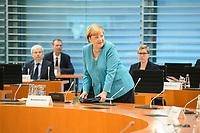 02 SEP 2020, BERLIN/GERMANY:<br /> Angela Merkel, CDU, Bundeskanzlerin, vor Beginn einer SItzung des Kabinetts im grossen Sitzungssaal, der aufgrund der Corona-Vorgaben fuer die Kabinettsitzung genutzt wird, Budneskanzleramt<br /> IMAGE: 20200902-01-035<br /> KEYWORDS: Sitzung, Kabinett
