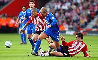 Photo. Daniel Hambury, Digitalsport<br /> Southampton v Chelsea. <br /> 02/04/2005.<br /> Barclays Premiership<br /> Southampton`s Nigel Quashie and Jamie Redknapp cant stop  Chelsea`s second goal scorer Eidur Gudjohnsen.