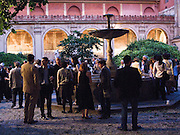Réception dans le patio de l'Ecole des Beaux-Arts de Paris.<br /> Reception in the courtyard (patio) of the  Fine Arts School of Paris.