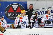 24.Feb.2012; Rapperswil-Jona; Eishockey NLA - Rapperswil-Jona Lakers - EV Zug;<br />  Trainer Doug Shedden (Zug) (Thomas Oswald)