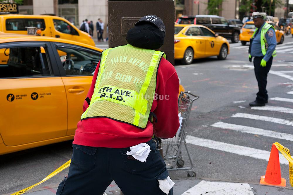New York city street traffic and maintenance disruption