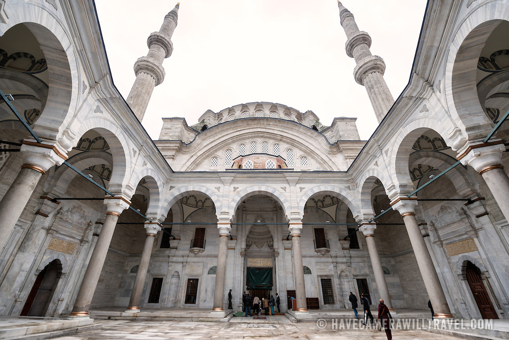 The distinctive polyangular cloister in the courtyard of the Nuruosmaniye Mosque. Nuruosmaniye Mosque, standing next to Istanbul's Grand Bazaar, was completed in 1755 and was the first and largest mosque to be built in Ottoman Baroque style.