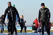DE HOLLANDSE100 by LYMPH & CO op FlevOnice te Biddinghuizen. Een duatlon bestaande uit twee onderdelen: schaatsen en fietsen. Het evenement wordt georganiseerd om geld op te halen voor Lymph&Co dat zich inzet tegen lymfklierkanker.<br /> <br /> Op de foto:  Patrick Kluivert en Winston Gerschtanowitz