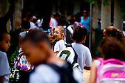 Belo Horizonte_MG, Brasil...Escola Estadual Professor Leon Renault, no bairro da Gameleira.  A escola que ja vinha apresentando bons indices de desempenho melhorou muito com a instalacao da meritocracia. ..The State School Professor Leon Renault in the Gameleira neighborhood. The school has good performance with the installation of meritocracy...Foto: LEO DRUMOND / NITRO