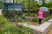 BBC weather presenter Carol Kirkwood gives the forecast from Cloudy Bay Garden,with moverable shed, by Hrry and David Rich - RHS Chelsea Flower Show, Chelsea Hospital, London UK, 18 May 2015.