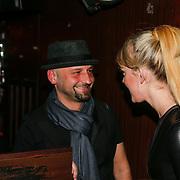 NLD/Amsterdam/20130408 - Presentatie Wasteland ring Stacey's Silver, Stacey Rookhuizen en manager Sidney Brandeis