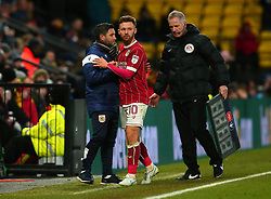 Matty Taylor of Bristol City shakes hands with Bristol City head coach Lee Johnson - Mandatory by-line: Robbie Stephenson/JMP - 06/01/2018 - FOOTBALL - Vicarage Road - Watford, England - Watford v Bristol City - Emirates FA Cup third round proper