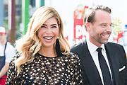 Amsterdam Diner 2019, actief een bijdrage te willen leveren aan een wereld zonder aids.<br /> <br /> Op de foto:  Estelle Cruijff en Robert Lee