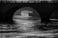 Paris dark  waters PR307NA