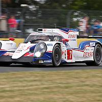 #7 Toyota TS040 Hybrid, Toyota Racing, drivers: Nakajima, Sarrazin, Wurz, LMP1, at Le Mans 24H, 2014