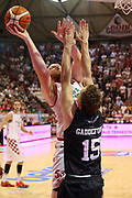DESCRIZIONE : Campionato 2015/16 Giorgio Tesi Group Pistoia - Pasta Reggia Caserta<br /> GIOCATORE : Kirk Alex<br /> CATEGORIA : Tiro Penetrazione<br /> SQUADRA : Giorgio Tesi Group Pistoia<br /> EVENTO : LegaBasket Serie A Beko 2015/2016<br /> GARA : Giorgio Tesi Group Pistoia - Pasta Reggia Caserta<br /> DATA : 15/11/2015<br /> SPORT : Pallacanestro <br /> AUTORE : Agenzia Ciamillo-Castoria/S.D'Errico<br /> Galleria : LegaBasket Serie A Beko 2015/2016<br /> Fotonotizia : Campionato 2015/16 Giorgio Tesi Group Pistoia - Pasta Reggia Caserta<br /> Predefinita :