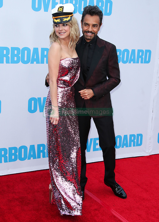 Los Angeles Premiere Of Lionsgate And Pantelion Film's 'Overboard' held at the Regency Village Theatre on April 31, 2018 in Westwood, Los Angeles, California, United States. 30 Apr 2018 Pictured: Anna Faris, Eugenio Derbez. Photo credit: Xavier Collin/Image Press Agency / MEGA TheMegaAgency.com +1 888 505 6342