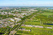 Nederland, Utrecht, Utrecht, 13-05-2019; Noordelijk Randweg Utrecht, N230, gezien richting Maarsseveensche Plassen, links de wijk Overvecht.<br /> Northern ringroad Utrecht.<br />  <br /> luchtfoto (toeslag op standard tarieven);<br /> aerial photo (additional fee required);<br /> copyright foto/photo Siebe Swart