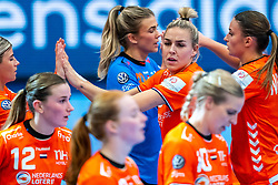 Tess Wester of Netherlands, Jessy Kramer of Netherlands during the Women's EHF Euro 2020 match between Netherlands and Germany at Sydbank Arena on december 14, 2020 in Kolding, Denmark (Photo by RHF Agency/Ronald Hoogendoorn)