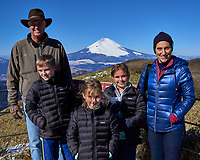 Family Portrait with Snow covered Mount Fuji on a very clear but cold day from Mount Komagatake in Fuji Hakone Izu National Park.  Image taken with a Leica T camera and 23 mm lens (ISO 100, 23 mm, f/14, 1/250 sec).