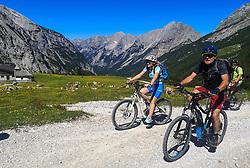 THEMENBILD - Mountainbiker an der Wendelinkapelle unterhalb des Karwendelhauses im Karwendel Gebirge, aufgenommen am 06.07.2020 in Karwendel Gebirge, Österreich // Mountainbiker at the Wendelinkapelle below the Karwendelhaus in the Karwendel Mountains, pictured on 2020/07/06 in Karwendel Mountains, Austria. EXPA Pictures © 2020, PhotoCredit: EXPA/ Erich Spiess