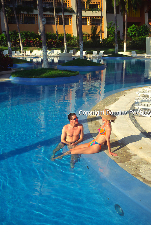 Couple in pool<br />