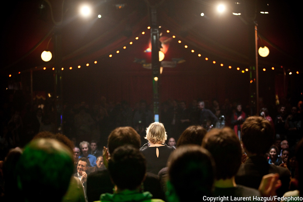 """18102011. Paris. Cabaret sauvage. Présidentielle 2012. Eva Joly. Rencontre """"Vive la République !""""."""