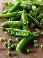 Fresh peas and pea pods