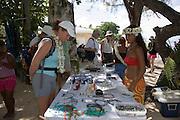 Shopping for balck pearls, Takapoto, Tuamotu Islands, French Polynesia<br />
