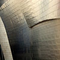 Europe, Spain, Bilbao. The Guggenheim Museum Bilbao.