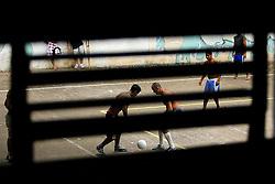 Internos da FASE, em Porto Alegre, jogam futebol durante horário de lazer. FOTO: Jefferson Bernardes/Preview.com