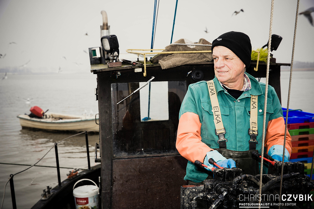The Last Fisherman - Stint fishing on the old Cutter