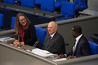 DEU, Deutschland, Germany, Berlin, 24.10.2017: Der neu gewählte Bundestagspräsident Dr. Wolfgang Schäuble (CDU) bei seiner ersten Rede. Konstituierende Sitzung des 19. Deutschen Bundestags mit Wahl des Bundestagspräsidenten.