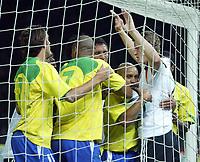 Fotball<br /> Privatlandskamp<br /> Tyskland v Brasil<br /> Berlin<br /> 8. september 2004<br /> Foto: Digitalsport<br /> NORWAY ONLY<br /> EDU, ADRIANO, ROBERTO CARLOS, Brasil,  Robert HUTH, Tyskland