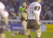 Twickenham, Surrey, 11th November 2002, Zurich Premiership Rugby, Stoop Memorial Ground, England,<br /> [Mandatory Credit: Peter Spurrier/Intersport Images],Zurich Premiership Rugby Harlequins v Saracens