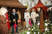 JAN HOWARD,RINGO STARR,  THE DUCHESS OF RUTLAND AND BARBARA BACH. Press Preview of the RHS Chelsea Flower Show sponsored by Saga Insurance Services. Royal Hospital Rd. London. 22 May 2006. ONE TIME USE ONLY - DO NOT ARCHIVE  © Copyright Photograph by Dafydd Jones 66 Stockwell Park Rd. London SW9 0DA Tel 020 7733 0108 www.dafjones.com