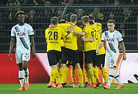 Fotball<br /> Foto: Witters/Digitalsport<br /> NORWAY ONLY<br /> <br /> 1:0 Jubel v.l. Lukasz Piszczek, Sven Bender, Torschuetze Pierre-Emerick Aubameyang, Erik Durm, Henrikh Mkhitaryan (Dortmund), Joshua Onomah (Tottenham, l.), Kieran Trippier (r.)<br /> Dortmund, 10.03.2016, Fussball, Europa League, Achtelfinale Hinspiel, Borussia Dortmund - Tottenham Hotspur