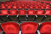 Nederland, Nijmegen, 13-1-2020  Lege zaal met rode stoelen in een theater.  Concertgebouw de Vereeniging .Foto: Flip Franssen