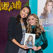 NLD/Utrecht/20191021 - Sterre Koning presenteert boek, Sterre Koning met haar boek en Romy Monteiro