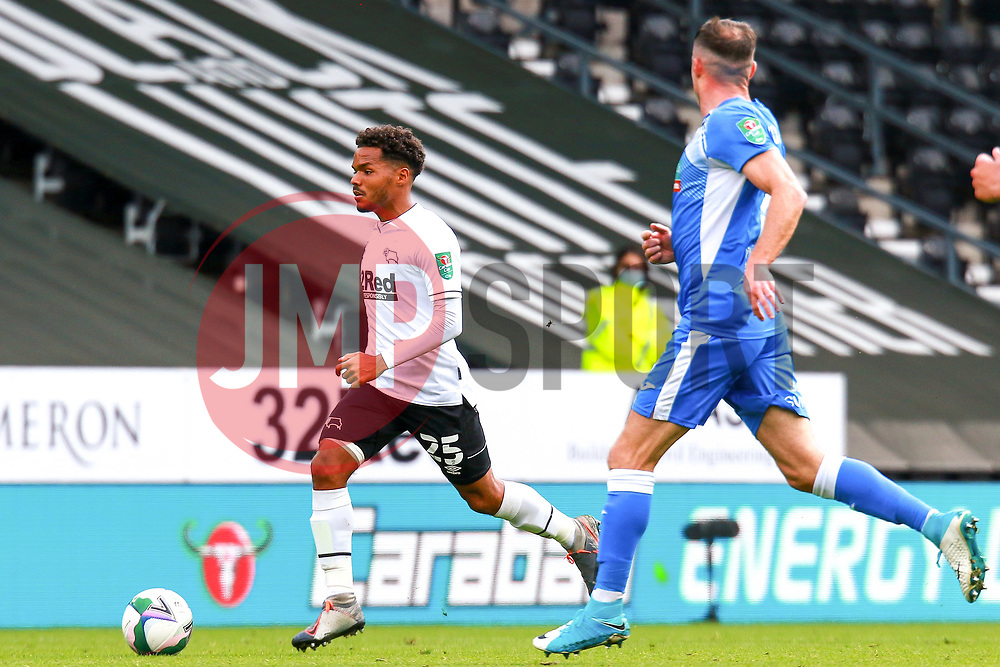Duane Holmes of Derby County runs down the wing - Mandatory by-line: Ryan Crockett/JMP - 05/09/2020 - FOOTBALL - Pride Park Stadium - Derby, England - Derby County v Barrow - Carabao Cup