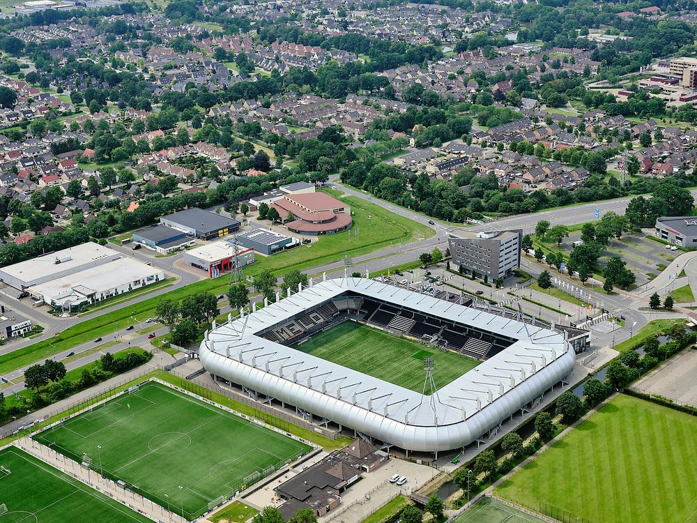 Nederland, Overijssel, Gemeente Almelo; 21–06-2020;  Erve Asito, voorheen het Polman Stadion,  thuisstadion van de Almelose voetbalclub Heracles Almelo.<br /> Erve Asito, formerly the Polman Stadium, home stadium of the Almelo football club Heracles Almelo.<br /> <br /> luchtfoto (toeslag op standaard tarieven);<br /> aerial photo (additional fee required)<br /> copyright © 2020 foto/photo Siebe Swart