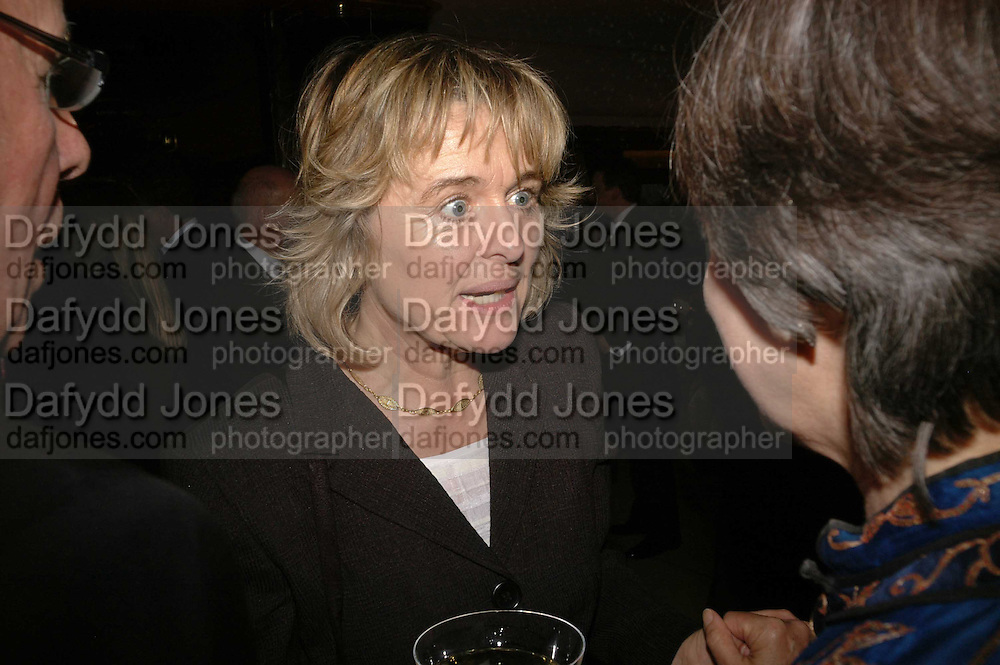 Sinead Cusack, Royal Court Theatre 50th Anniversary Gala sponsored by Vanity Fair. Titanic. Brewer St. London. 26 April 2006. ONE TIME USE ONLY - DO NOT ARCHIVE  © Copyright Photograph by Dafydd Jones 66 Stockwell Park Rd. London SW9 0DA Tel 020 7733 0108 www.dafjones.com