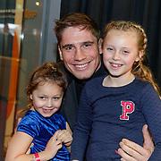 NLD/Amsterdam/20181223 - inloop The Christmas Show 2018, Rico Verhoeven met kinderen Mikayla, Jazzlyn