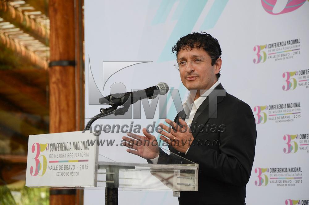 Valle de Bravo, Méx.- Virgilio Andrade Martínez, Secretario de la Función Publica, durante la 35 Conferencia Nacional de Mejora Regulatoria. Agencia MVT / José Hernández
