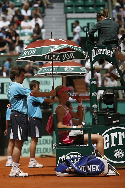 Roland Garros. Paris, France. June 4th 2008..Elena DEMENTIEVA against Dinara SAFINA..1/4 Finals...