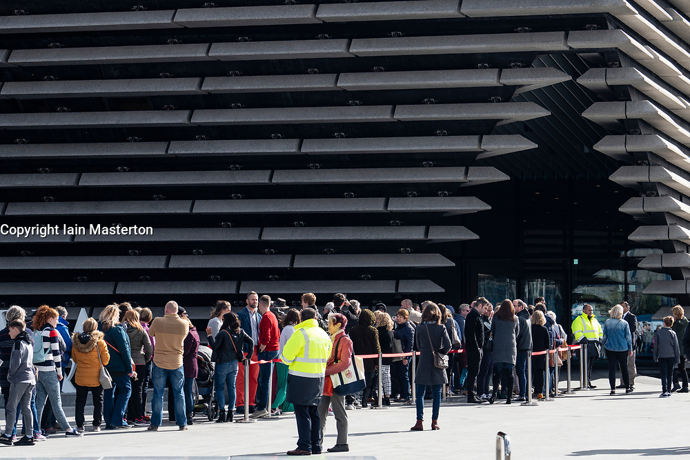 Queues of visitors outside new V&A Museum on first weekend after opening in Dundee , Scotland, UK.