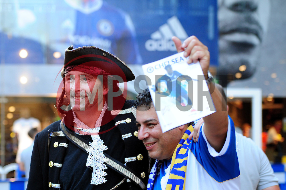 Bristol Rovers fans arrive at Stamford Bridge - Mandatory by-line: Dougie Allward/JMP - 23/08/2016 - FOOTBALL - Stamford Bridge - London, England - Chelsea v Bristol Rovers - EFL Cup second round
