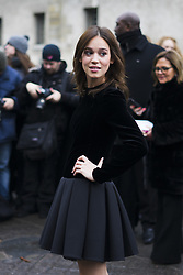 March 4, 2018 - Paris, France - A guest is seen on the street attending Valentino during Paris Women's Fashion Week A/W 2018 wearing Valentino on March 4, 2018 in Paris, France. (Credit Image: © Nataliya Petrova/NurPhoto via ZUMA Press)