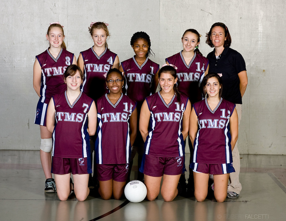 The Master's School, West Simsbury, CT. 2010-2011.  JV Vollyball.  (Photo by Robert Falcetti). .