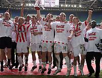 Photo: Rich Eaton.<br /> <br /> Grimsby Town v Cheltenham Town. Coca Cola League 2. Play off Final. 28/05/2006. Cheltenham players celebrate promotion to league 1